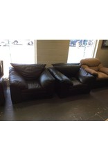 Oversized chair / black leather
