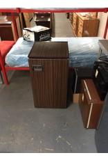 Mini fridge / GE brown