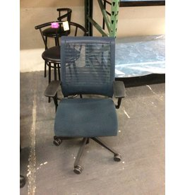Office chair blue mesh w arms
