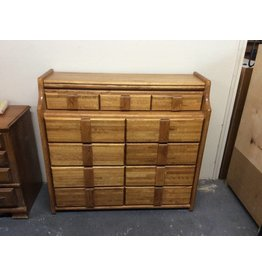 11 drawer dresser  w hidden compartment