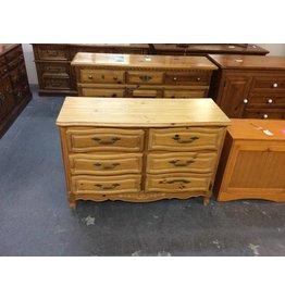 6 drawer dresser/ pine - 3