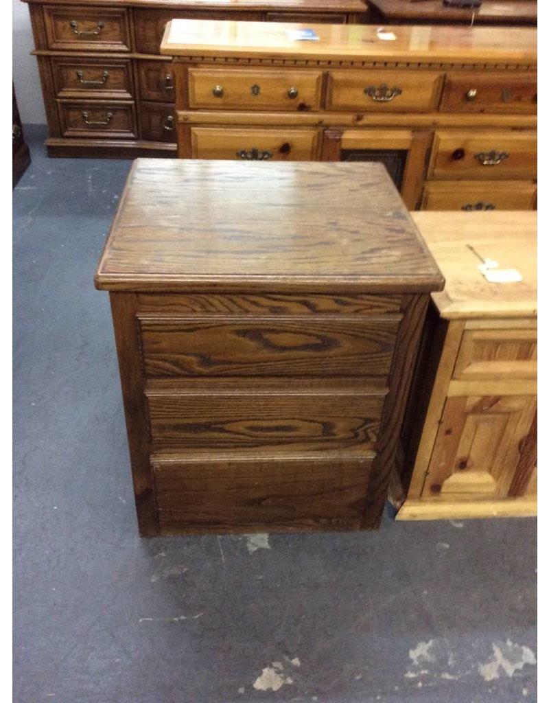 3 drawer nightstand / dark oak - 11