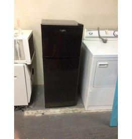 Whirlpool dorm size fridge / black