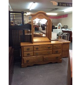 8 drawer dresser / oak w mirror - 26