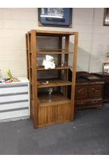 6' wall cabinet w doors - oak