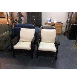 Pair patio chairs / espresso