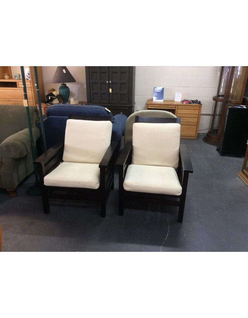 Pair patio chairs / espresso