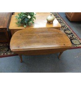 Drop leaf coffee table / pine