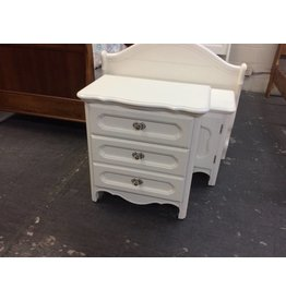 Small 3 drawer chest / white