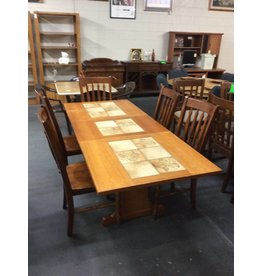 6 piece dinette /  oak w tile inlays