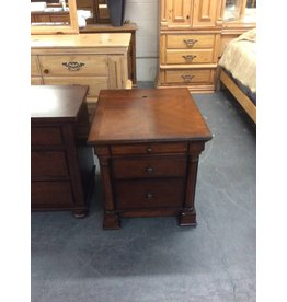 3 drawer nightstand / cherry w elec plug