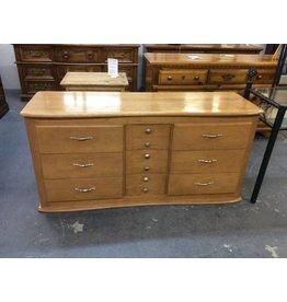 9 drawer dresser / light oak curved