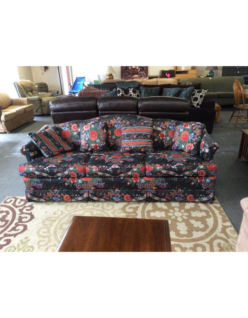 Sofa / black n red floral