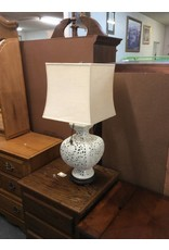 Lamp / white porcelain