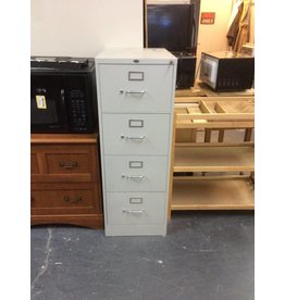 File cabinet / 4 drawer metal
