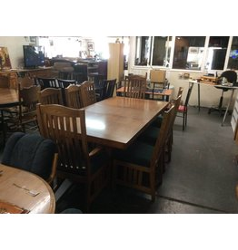 9 piece dinette / oak mission padded