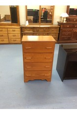 Small 4  drawer chest / maple