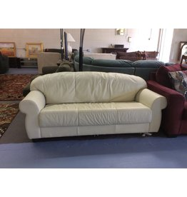 Sofa /  cream leather