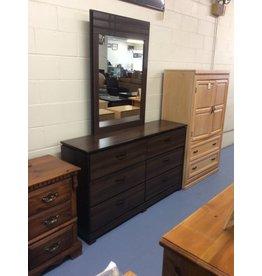 6 drawer dresser w mirror/ brown black