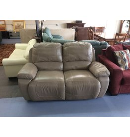 Electric dual reclining love / tan leather