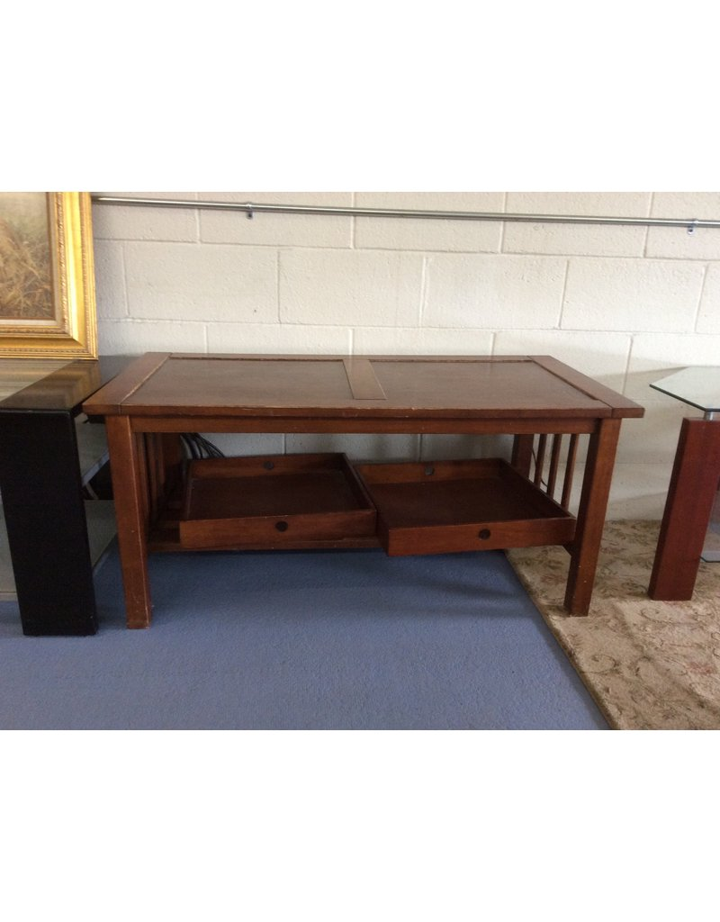 Coffee table / oak mission