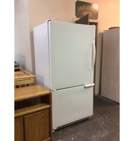 Fridge w bottom freezer drawer / Amana