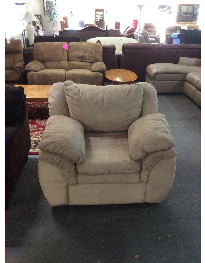 Chair / tan - 27