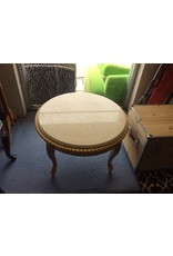 End table / round granite