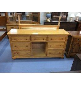 7 Dresser w mirror /  pine