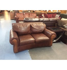 Loveseat / brown leather w tacks