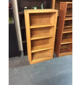 4' bookcase / oak