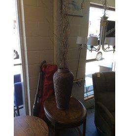 Vase / w lines