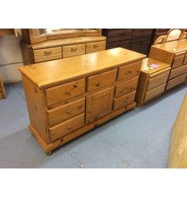 Dresser / 7 drawer, 1 door,  pine