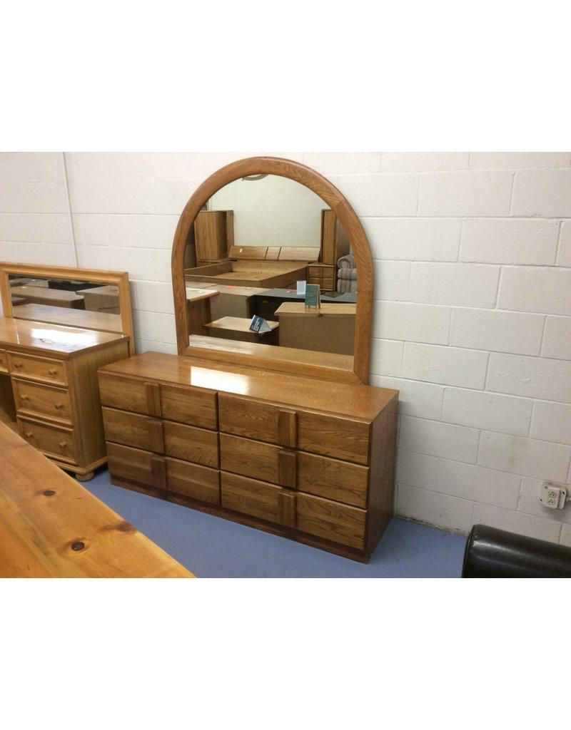 6 drawer dresser w mirror