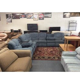 7 piece sectional / blue
