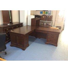 Corner desk w 2 drawer file