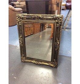 Mirror / gold frame
