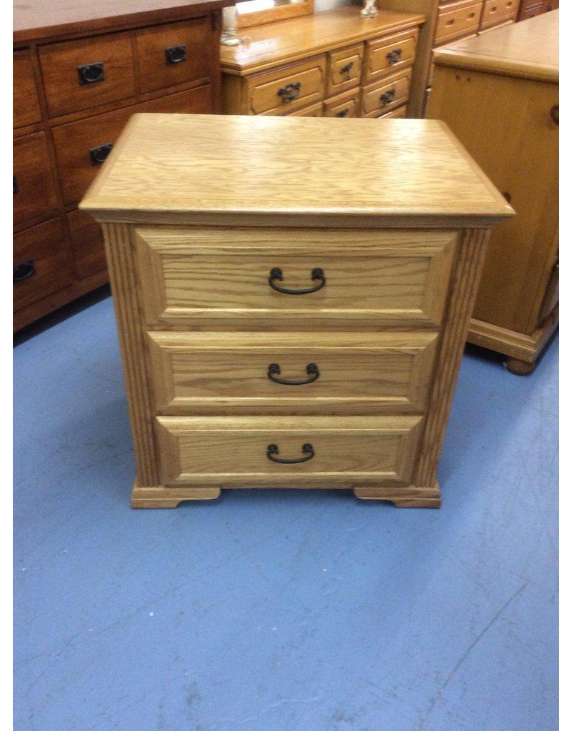3 drawer nightstand / oak, black handles