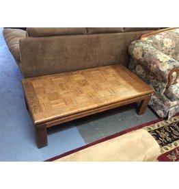 Coffee table / oak squares