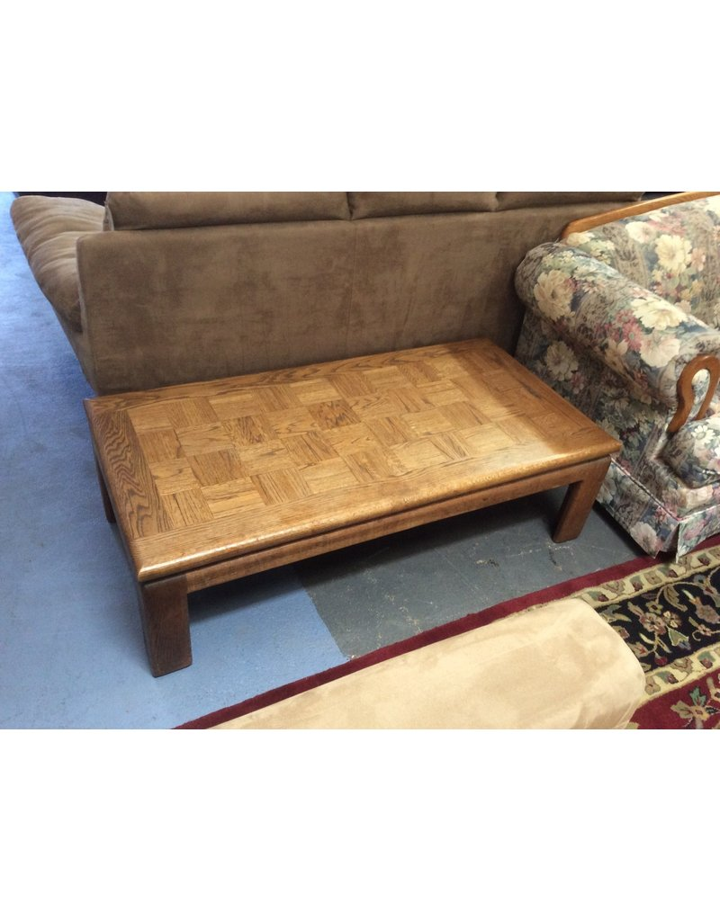 Coffee table / oak squares