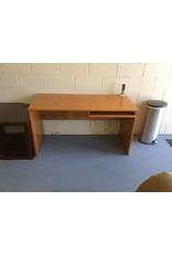 Oak desk w slide out drawer