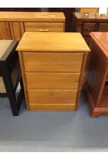 Small 3 drawer chest / pine