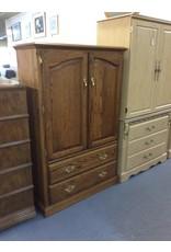 Clothes armoire / oak