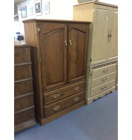 Clothes armoire / oak