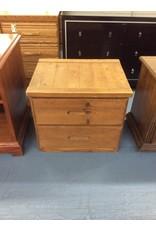 2 drawer nightstand / pine