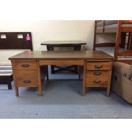 Desk / double ped, maple
