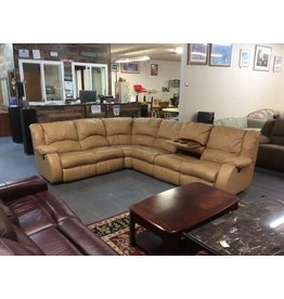3 piece sectional / tan