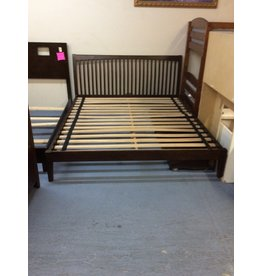 California king platform bed / cherry