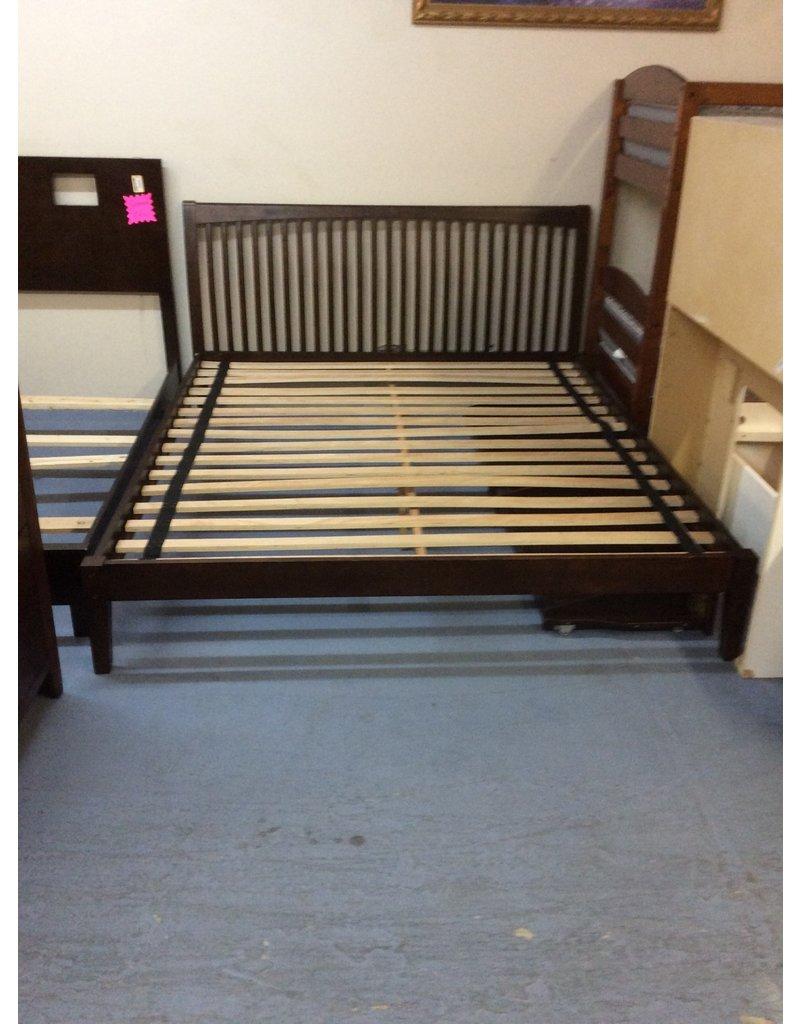 California king platform bed / cherry