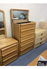 6 drawer chest / oak w jewelry storage